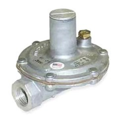 REGULATOR GAS PRESSURE 3/4in LEVER UP TO 2 PSI MAXITROL, item number: 325-5AL-3/4